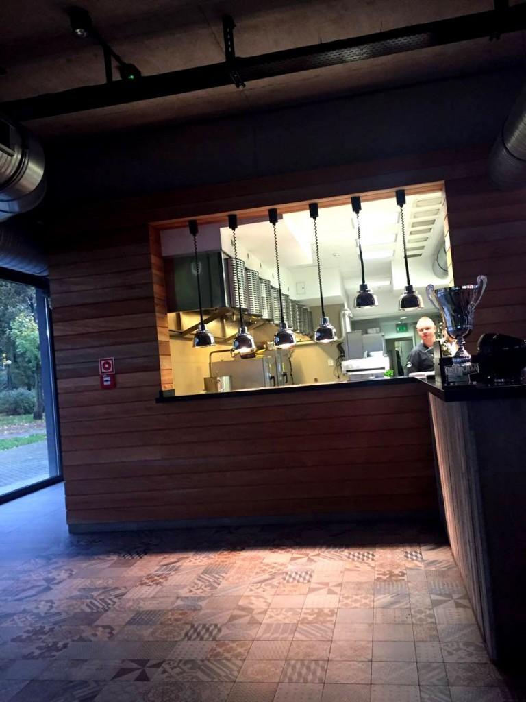 mozajka przy kuchennym barze (arch. własne)